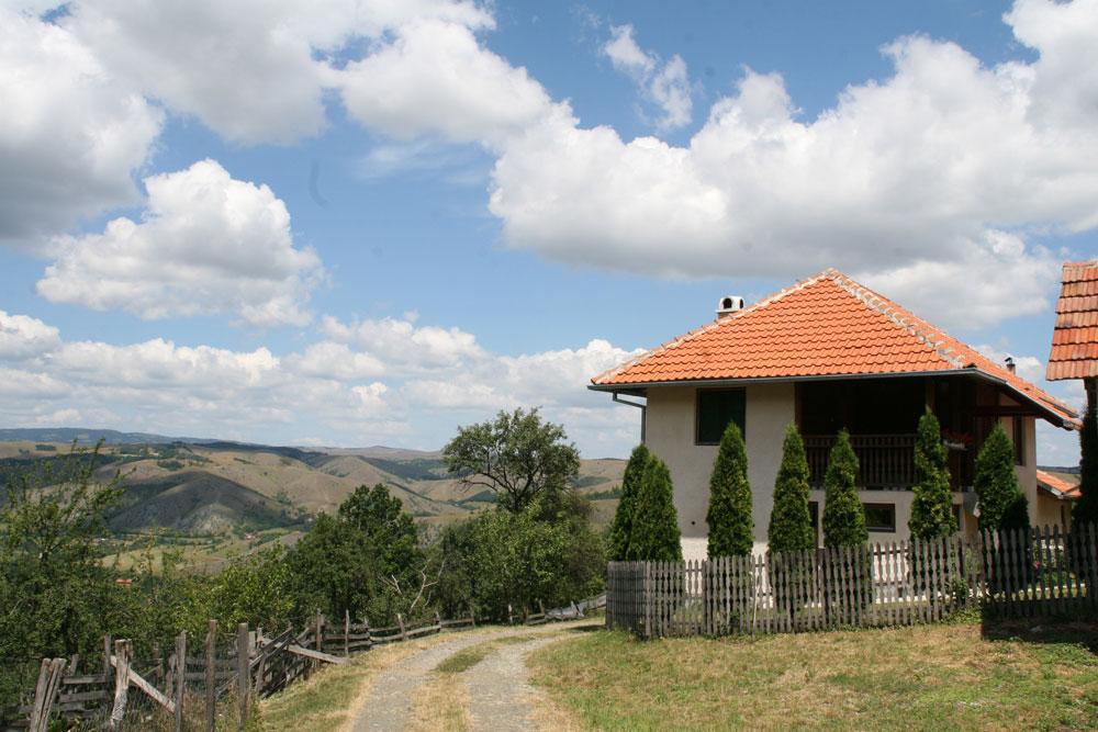 domaćinstvo Veselina Čolovića -seoski turizam u Srbiji